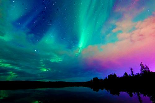 aurora-aurora-borealis-colorful-lights-Favim.com-603921